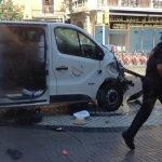 Ο οδηγός του βαν που σκόρπισε τον θάνατο στη Βαρκελώνη παραμένει ασύλληπτος
