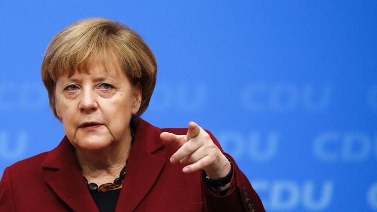 Η Γερμανία δεν θα συμμετάσχει σε χτύπημα κατά της Συρίας