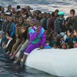 Περισσότεροι από 800 πρόσφυγες έφτασαν στην Ελλάδα από τη Δευτέρα