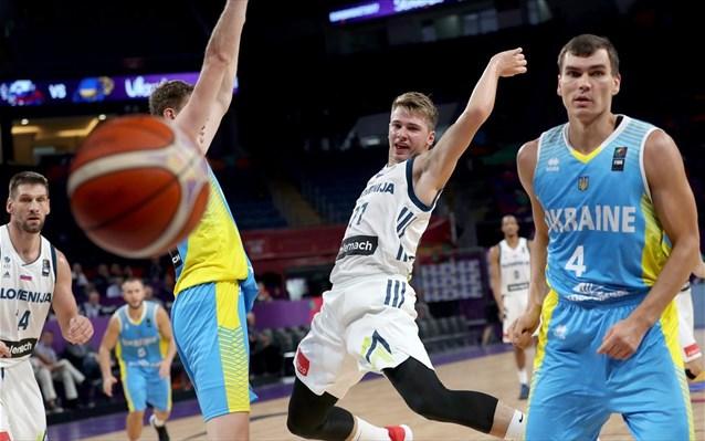 Eurobasket 2017: Πρώτη στην οκτάδα η Σλοβενία