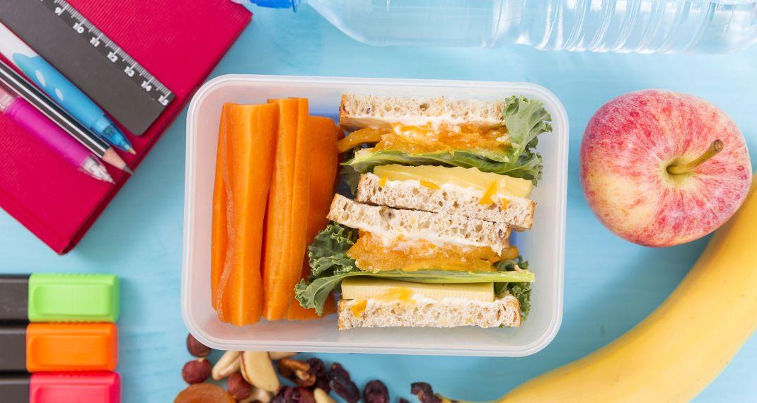 14 εύκολα και υγιεινά σνακ για το σχολείο