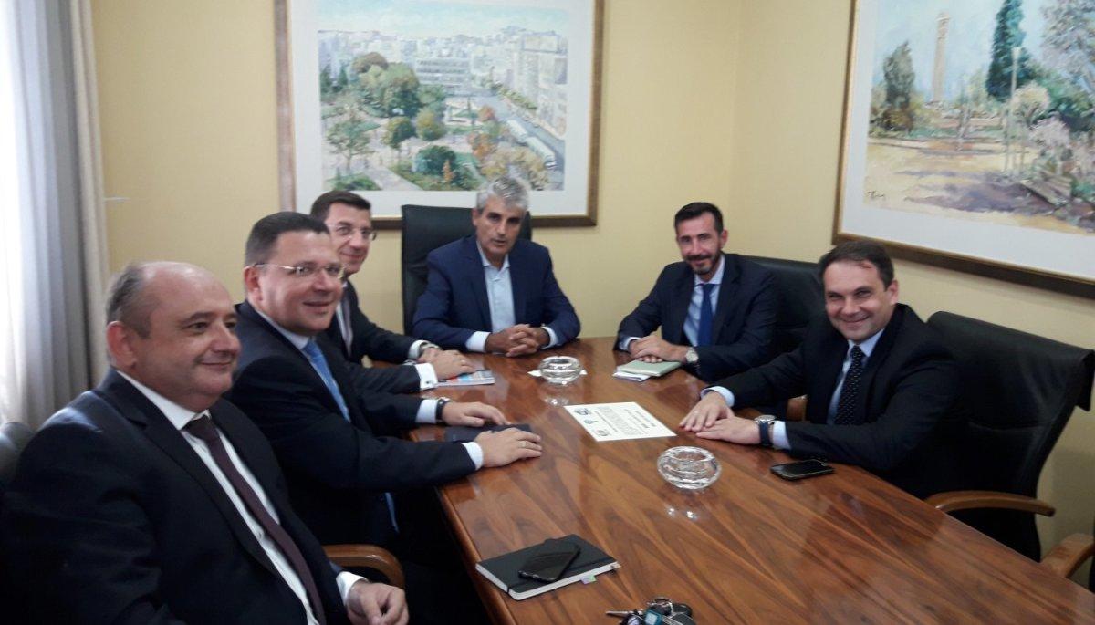 Στελέχη της Eurobank στο Επιμελητήριο Λάρισας