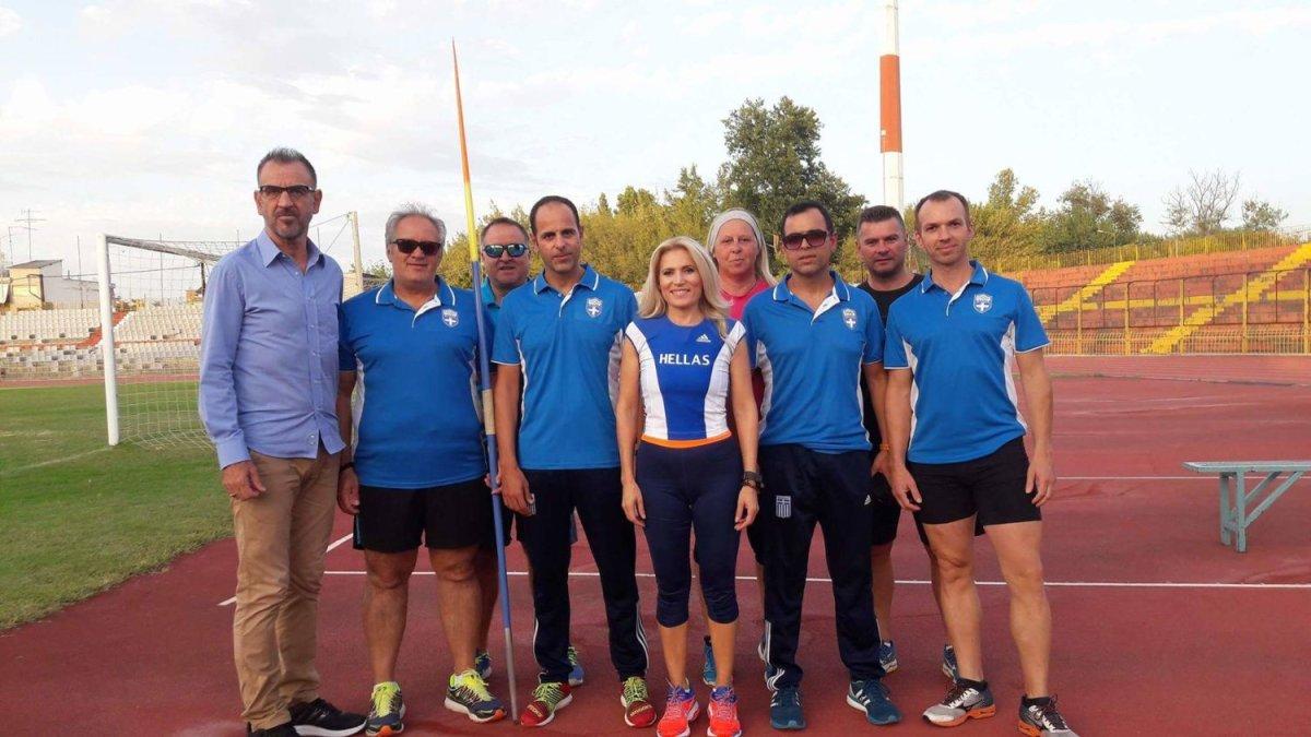 Μία 11άδα Λαρισαίων βετεράνων αθλητών στη Βουλγαρία