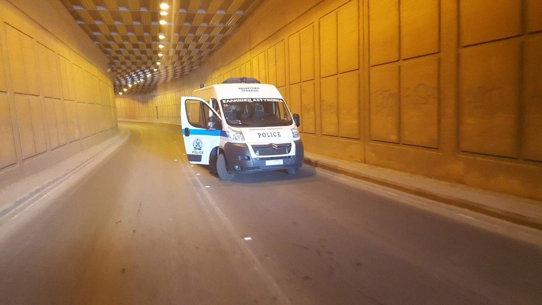 Τροχαίο ατύχημα με μηχανάκι το πρωί στην υπόγεια διάβαση της οδού Εχεκρατίδας στη Λάρισα