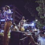 Έγινε στη Θεσσαλία… «Κινητή» συναυλία πάνω σε… πλατφόρμα τρακτέρ (ΦΩΤΟ)