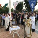 Με μυρτιές και ευώδη άνθη γιόρτασαν την Παναγία στον Κυπάρισσο