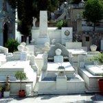 Πάτρα: Φωτιά σε νεκροταφείο στα Καμίνια