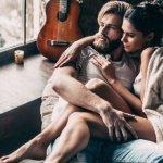 Η απιστία έχει ηλικία -Πότε απατούν άντρες και πότε γυναίκες