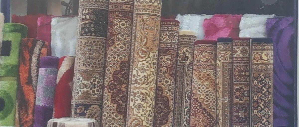 Επιγραφές στη Λάρισα που… βγάζουν μάτια (ΦΩΤΟ)