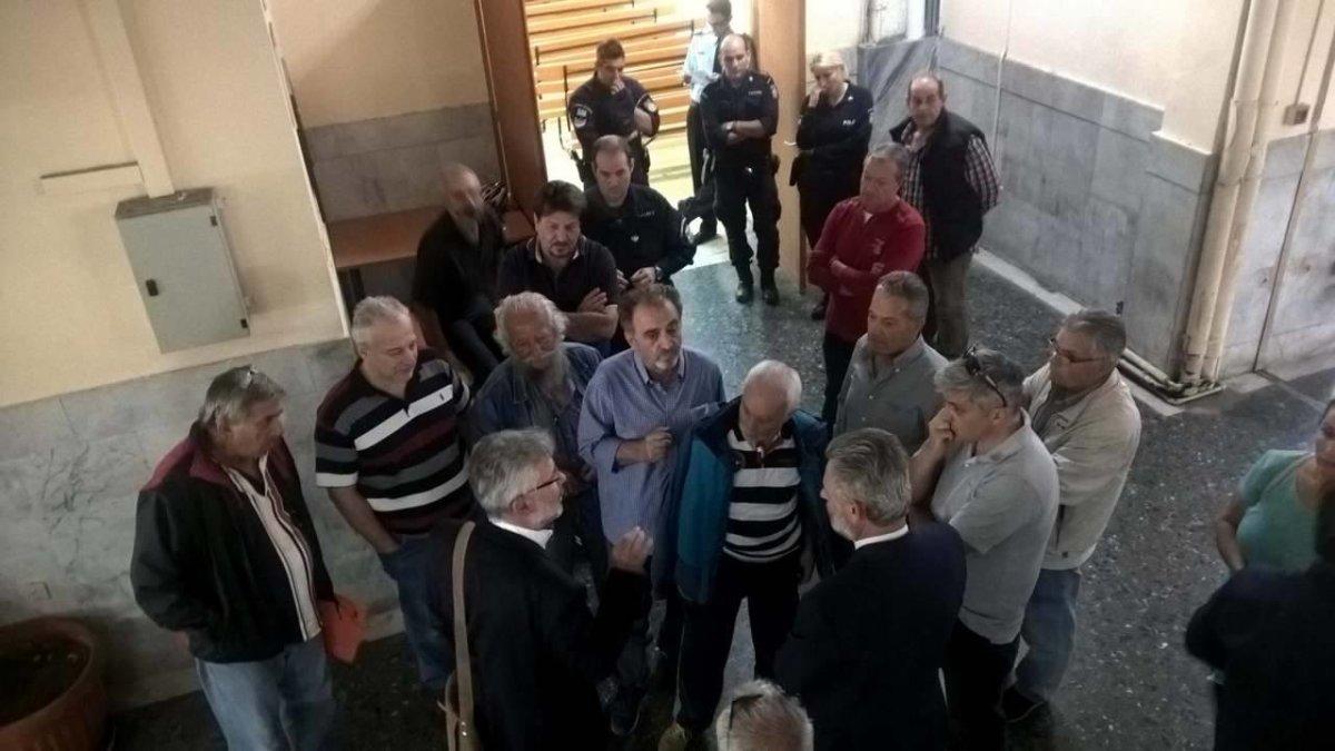Άλλοι έξι πλειστηριασμοί ματαιώθηκαν σήμερα στο Ειρηνοδικείο Λάρισας