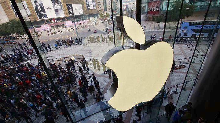 Τεράστιες ουρές αναμονής για το νέο iPhone X παρά την τσουχτερή τιμή του