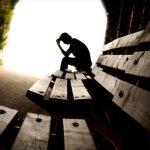 Τα άτομα με χαμηλά εισοδήματα κινδυνεύουν περισσότερο από κατάθλιψη