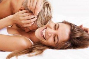 Πώς το σεξ κάνει το σώμα μας πιο ωραίο