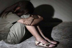 Προφυλακίστηκε για αιμομιξία και βιασμό της ανήλικης κόρης του
