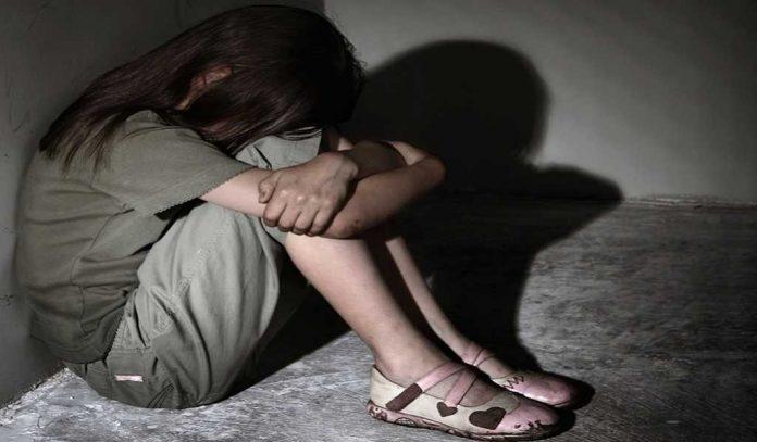 Σοκ στην Λέρο: O πατέρας ομολόγησε ότι βίαζε τα παιδιά του εδώ και 4 χρόνια – Συμμετείχε και η μάνα