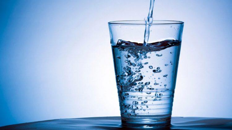 Φάμελλος: Εχουμε το καλύτερο ποιοτικά νερό μεταξύ 180 χωρών