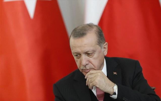 Πονοκέφαλος για τον Ερντογάν οι δημοσκοπήσεις – Θρίλερ η αυτοδυναμία
