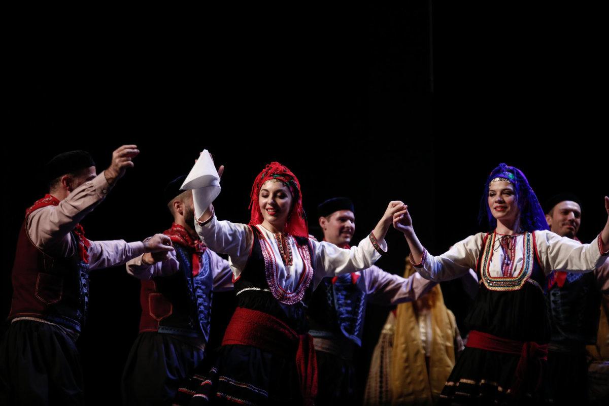 Μεγαλείο από το Λύκειο Ελληνίδων Λάρισας στο Μέγαρο Μουσικής Αθηνών – Εντυπωσιακές φωτο
