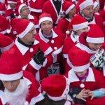 Χριστουγεννιάτικοι αγώνες δρόμου με 1.000 και πλέον Αγιοβασίληδων