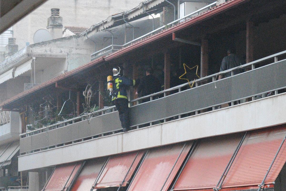 Συναγερμός στην Πυροσβεστική για φωτιά σε διαμέρισμα στο κέντρο της Λάρισας