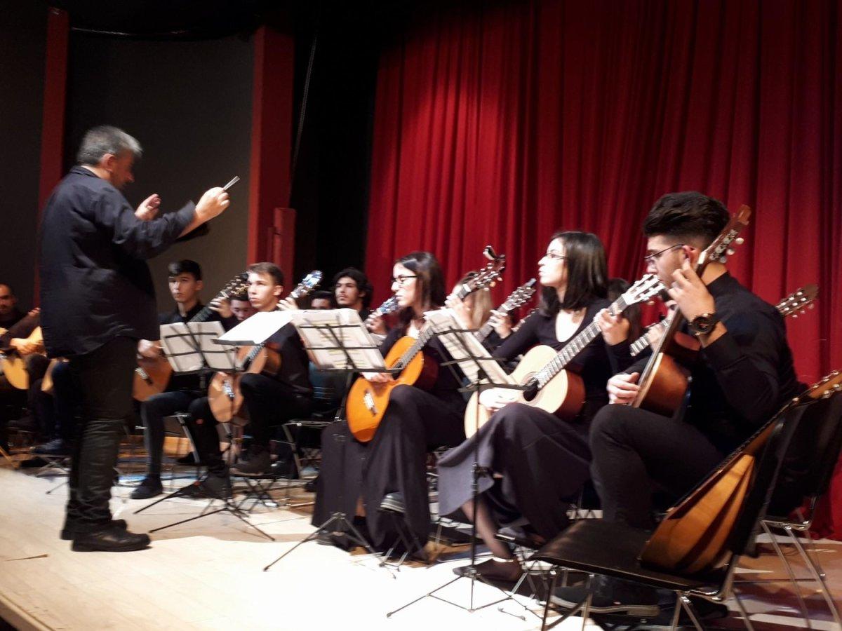 Συγκίνησε η Κιθαριστική Ορχήστρα Βόλου-Μαγνησίας