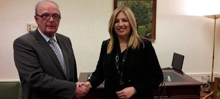 Προσχώρησε στη ΔΗΣΥ ο ανεξάρτητος βουλευτής Γ. Καρράς