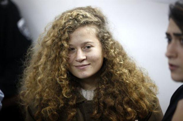Στη φυλακή μέχρι τη δίκη η 16χρονη παλαιστίνια Αχέντ Ταχίμι