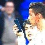 Ρονάλντο: Μόνο αυτός! Ζήτησε κινητό για δει το τραυματισμένο πρόσωπο του