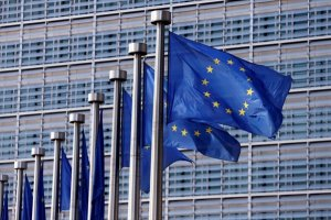 Κομισιόν: «Έκλεισαν» και τα 88 προαπαιτούμενα πριν από το Eurogroup