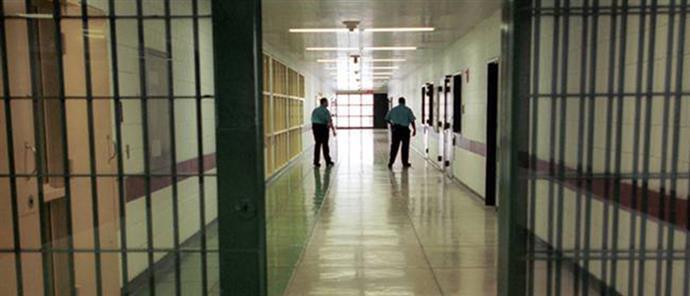 Απίστευτη γκάφα της ΕΛΑΣ: άφησαν ελεύθερο λάθος κρατούμενο