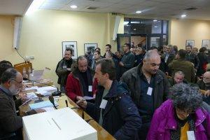 Ψηφίζουν οι μελισσοκόμοι όλης της Ελλάδας στη Λάρισα (φωτ.)