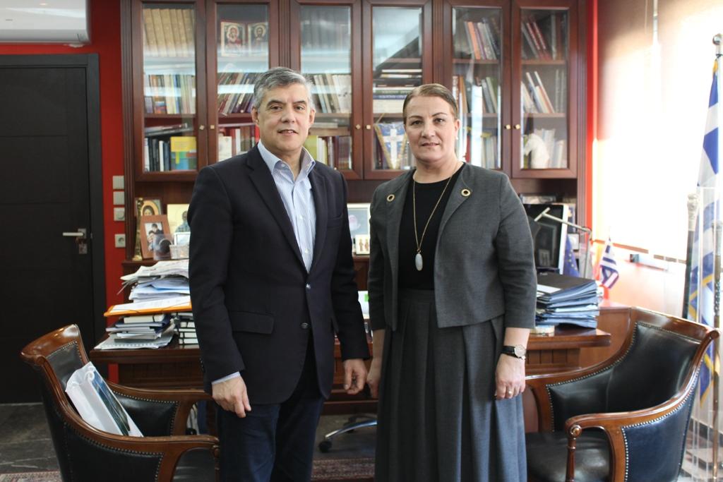 Συνάντηση Αγοραστού με τη Γενική Πρόξενο της Αλβανίας