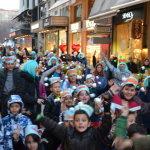 Ατελείωτος χορός των καρναβαλιστών στο κέντρο  (video)
