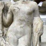 Ακέφαλο άγαλμα της Αφροδίτης βρέθηκε στο Μετρό Θεσσαλονίκης (φωτ.)