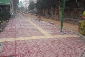 Παίρνουν «μορφή» τα πεζοδρόμια στην Ηπείρου
