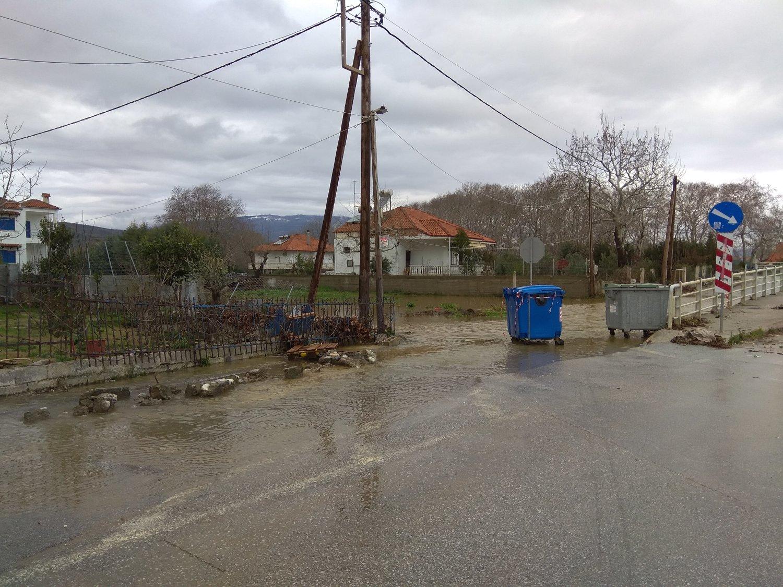 πλημμυρες παραλια (4)