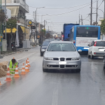 Λάρισα: «Στενάζουν» στη Βόλου οδηγοί και αυτοκίνητα (φωτ.)