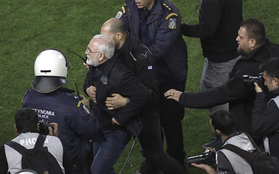 H FIFA σκέφτεται Grexit με αναστολή