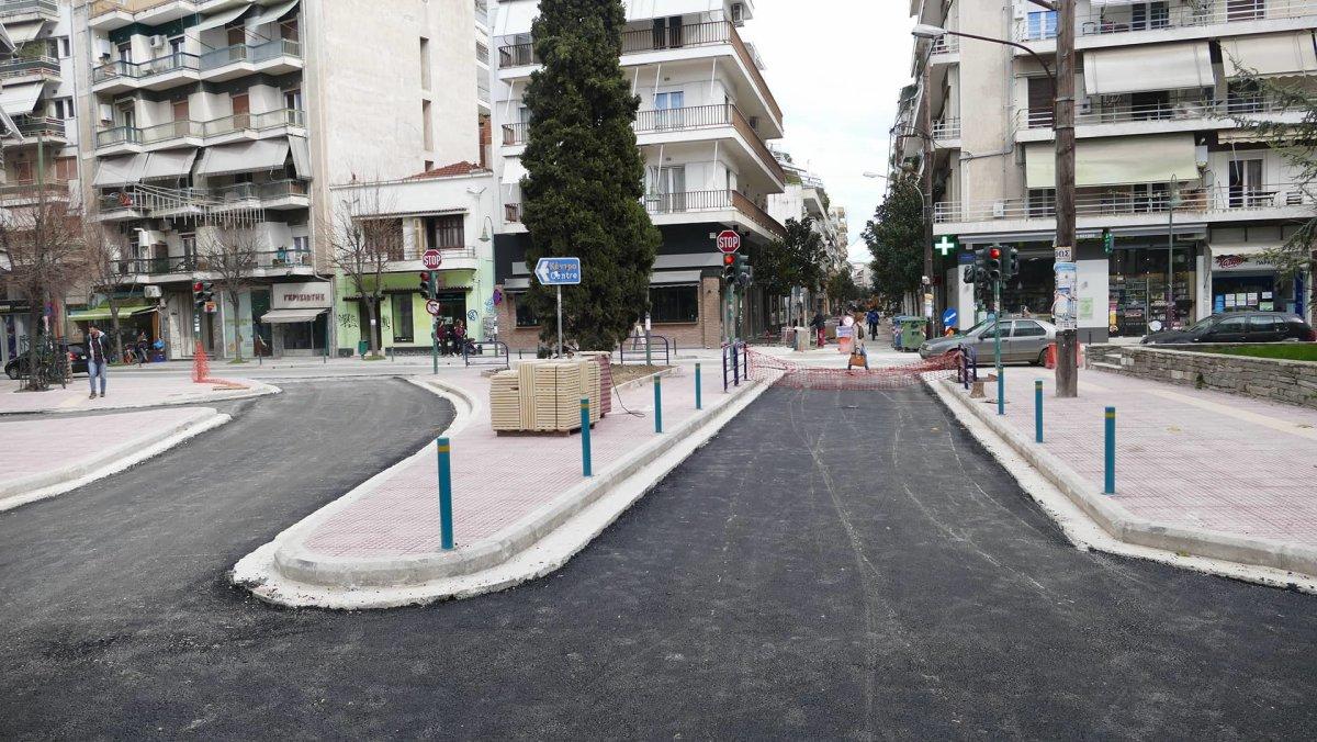 Ασφαλτοστρώθηκε το πρώτο τμήμα της οδού Ηπείρου (φωτ.)