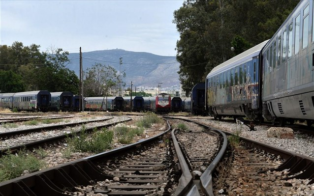 Φριχτό θάνατο βρήκαν δύο μετανάστες στις ράγες του τρένου!