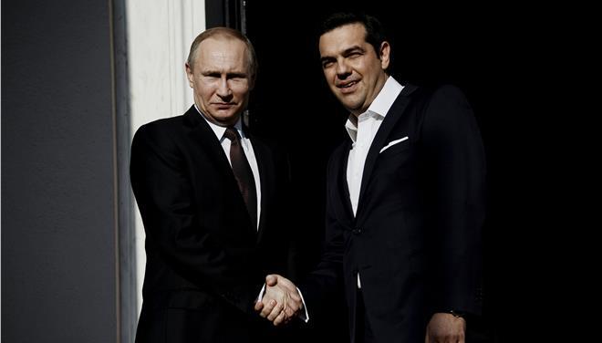 Ο Πούτιν κάλεσε τον Τσίπρα στο Κρεμλίνο