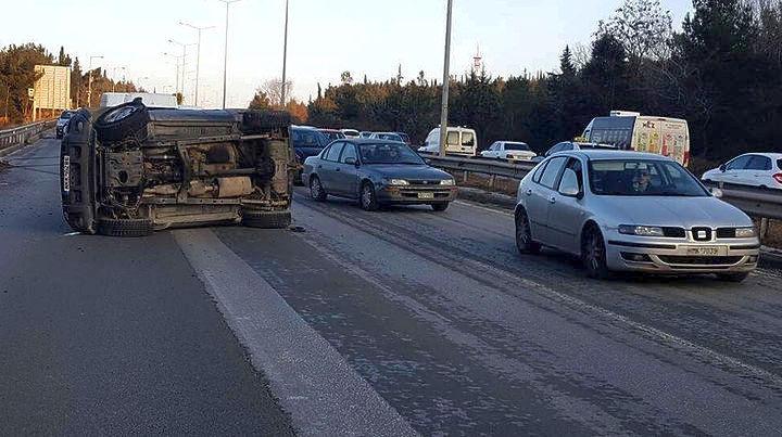 Δύο τροχαία ατυχήματα με υλικές ζημιές και ελαφρύ τραυματισμό