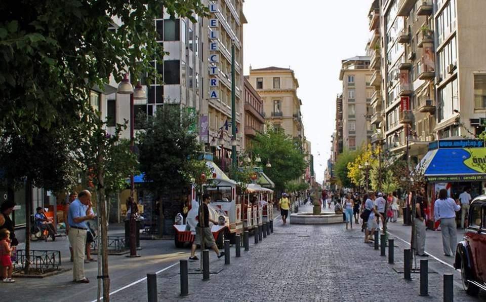 Οι Ελληνες επιστρέφουν στο μέλλον