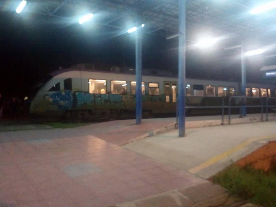 Εκτροχιάστηκε τρένο στην Κατερίνη