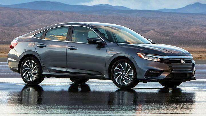 Η Honda παρουσιάζει το Honda Insight