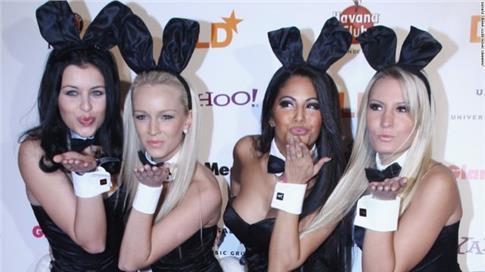 Το Playboy παίρνει τα… κουνελάκια του και αποχωρεί από το Facebook