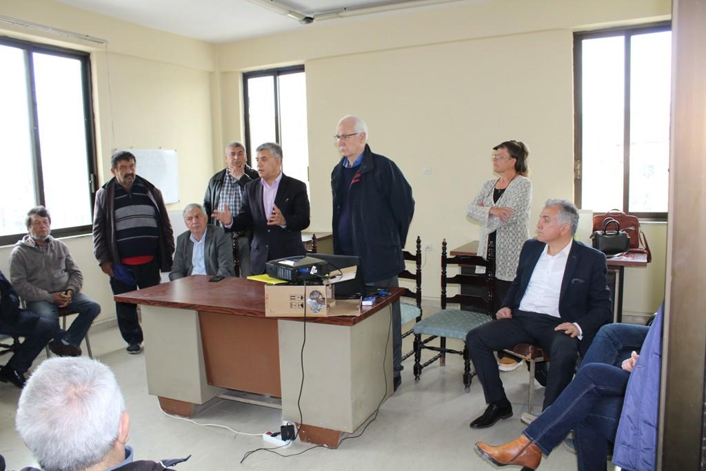 Αγοραστός και Καλογιάννης στη Μάνδρα για τα έργα αποχέτευσης