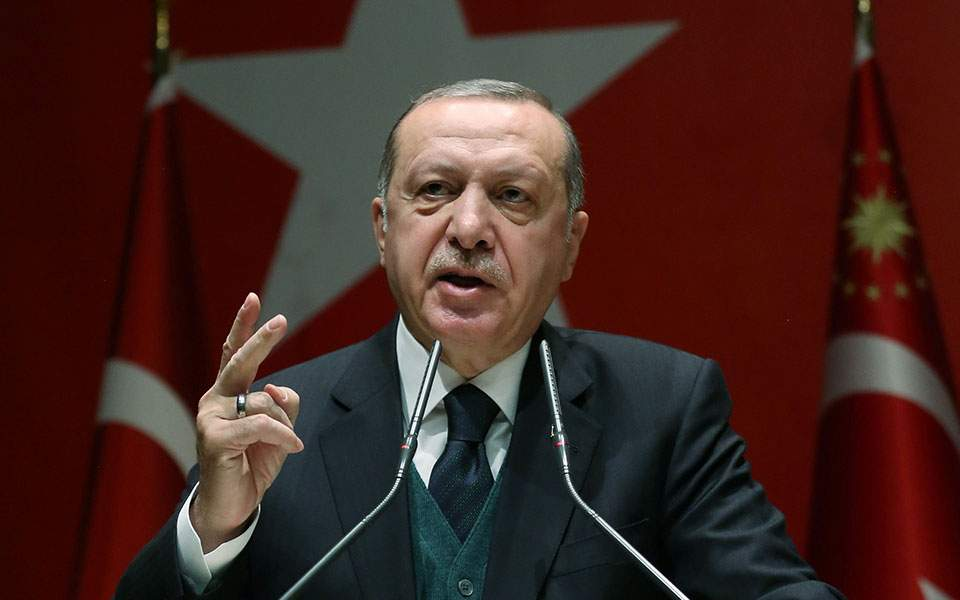 Ατελείωτη η «βουτιά» για την τουρκική λίρα