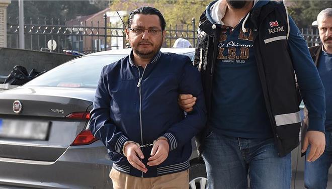 Συνέλαβαν Γκιουλενιστή σε σκάφος με ελληνική σημαία