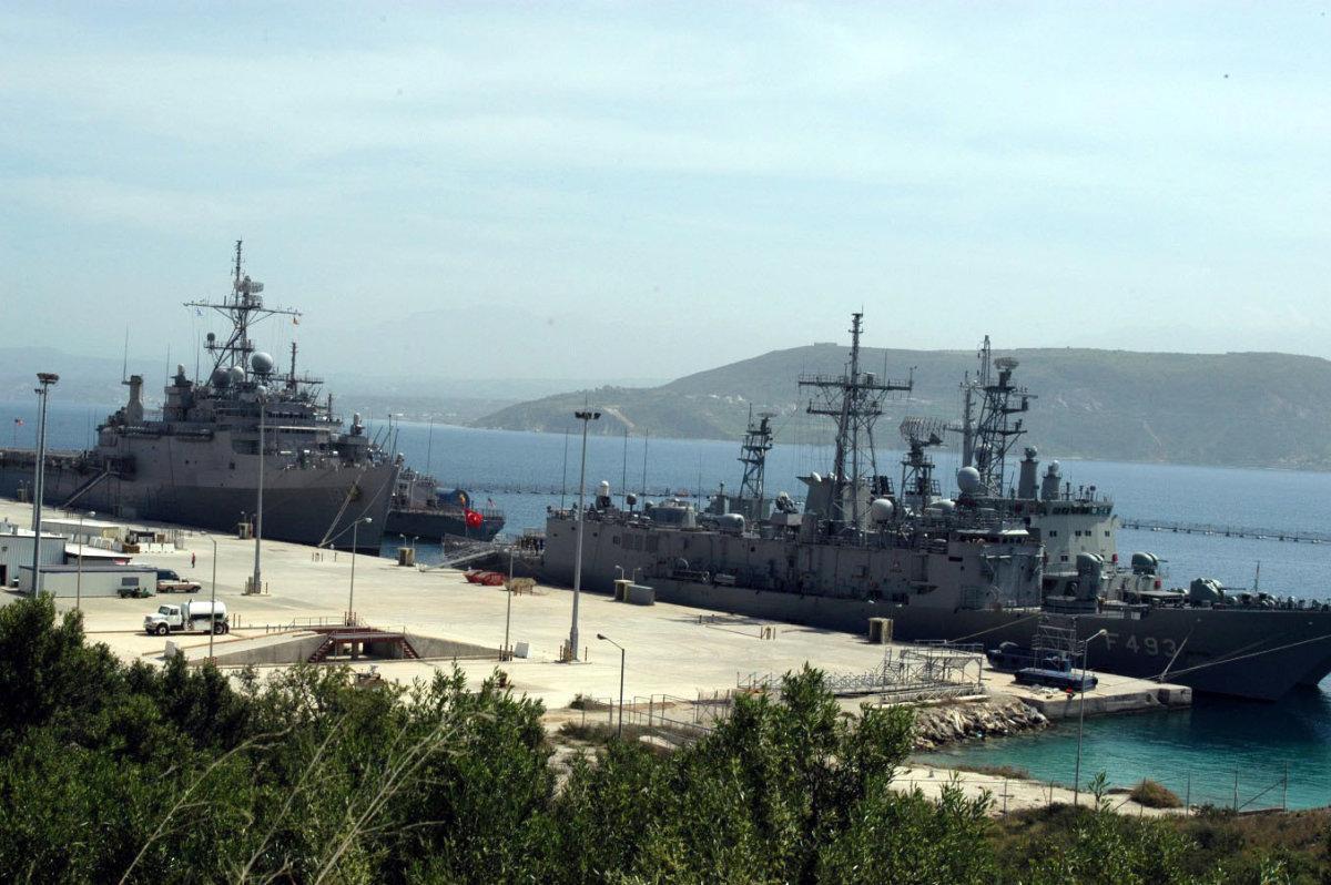 Ποιος θα είναι ο ρόλος της Σούδας και των βάσεων στην Κύπρο σε ενδεχόμενο πόλεμο στη Συρία